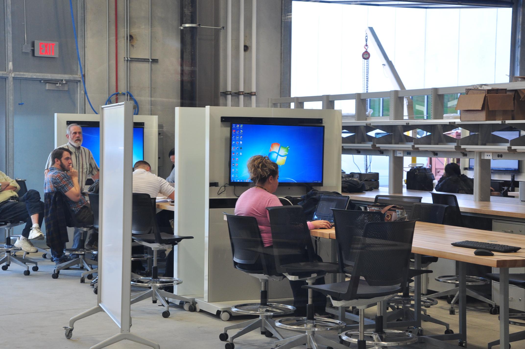 Oakland University - Engineering Center